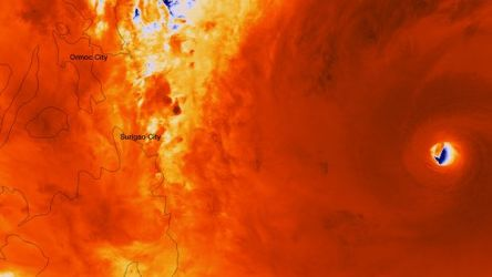 birth-of-super-typhoon-philippines_73294_600x450